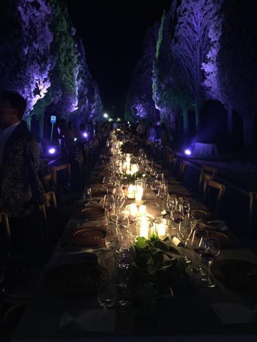 Festa Podere Conca Bolgheri 25 anni della DOC Bolgheri tavolata di sera